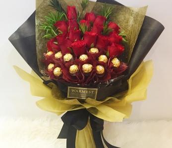 Hand Bouquet 243