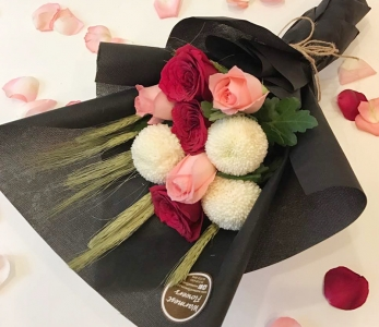 Hand Bouquet 246