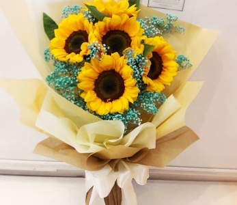 Hand Bouquet 247