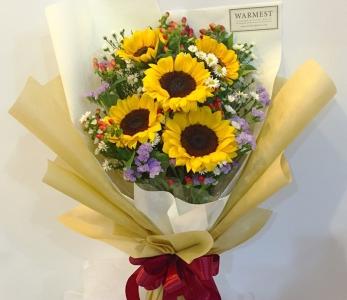 Hand bouquet 300