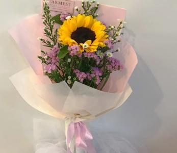 Hand bouquet 301