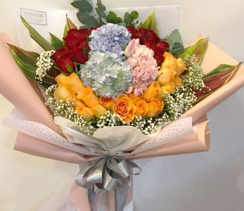 Hand bouquet 305
