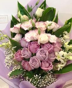 Hand bouquet 312