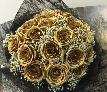 Hand bouquet 329