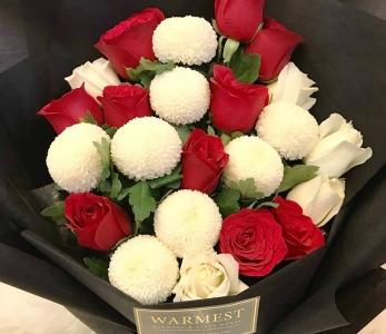 Hand bouquet 331