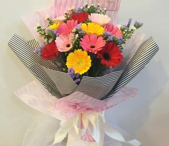 Hand bouquet 334