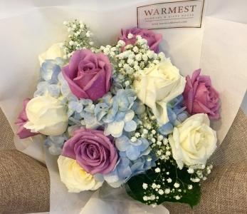 Hand Bouquet 340