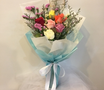 Hand Bouquet 343
