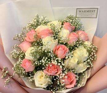 Hand Bouquet 344