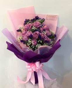 Hand Bouquet 351