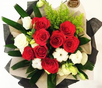 Hand Bouquet 161