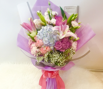 Hand Bouquet 283