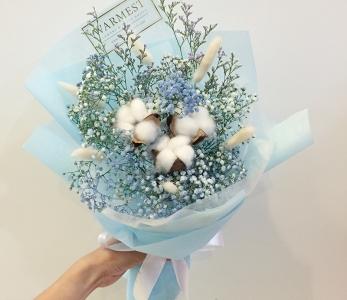 Hand Bouquet 284
