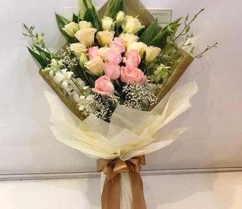 Hand Bouquet 217
