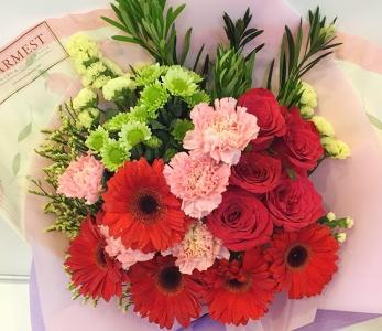 Hand Bouquet 221