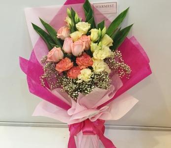 Hand Bouquet 224